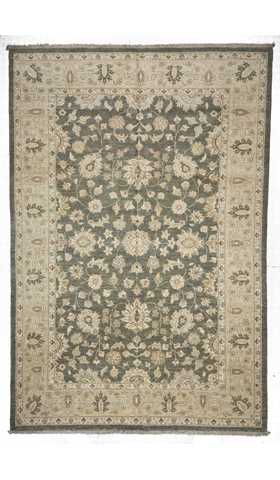 Turkish Usak (Oushak) Rug